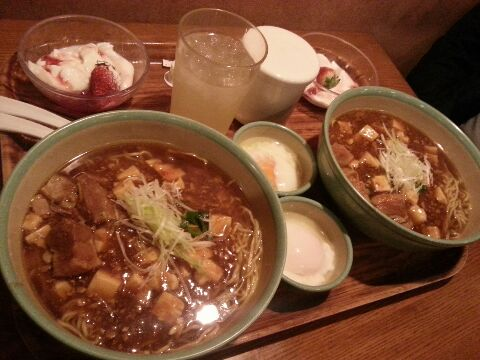 ボイジャーセット_チャイナボイジャー_豚角煮とマーボー豆腐のあんかけ麺_2人前