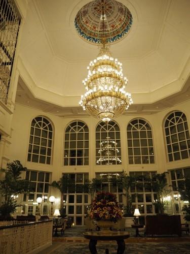 香港ディズニーランドホテル ロビー