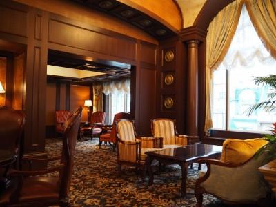 東京ディズニーランドホテル マーセリンサロン 雰囲気