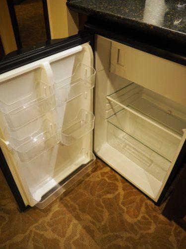 アウラニ デラックス・スタジオ・ルーム 冷蔵庫