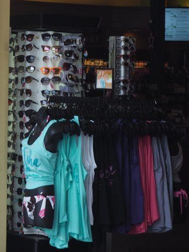 アイランドカントリーマーケット 衣類