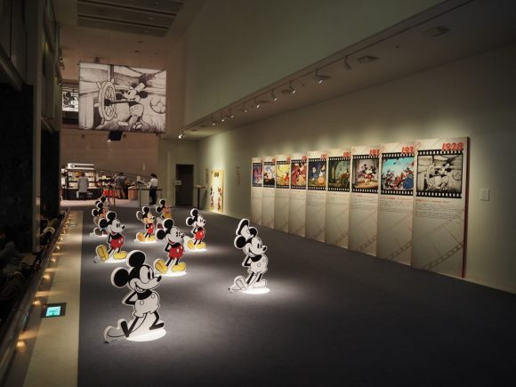 Disney Mickey Beyond Imagination SPACE パネル展示