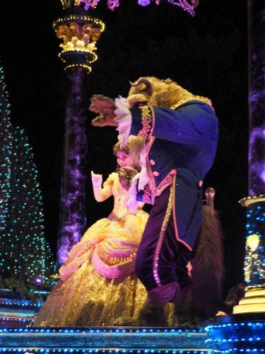エレクトリカルパレード クリスマス 美女と野獣
