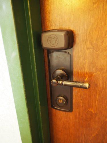 アニマルキングダムロッジ ドア