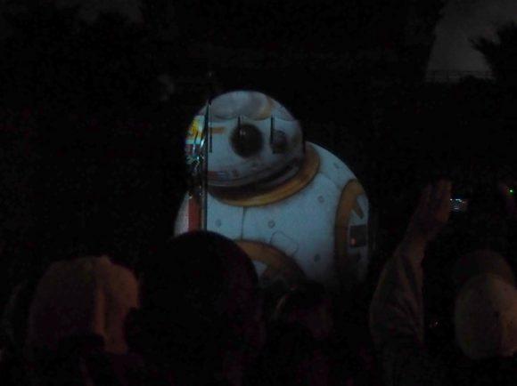 WDWスター・ウォーズ:ギャラクティック・スペキュタクラー BB-8