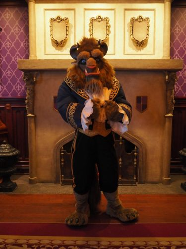 WDW Be Our Guest Restaurant ビースト