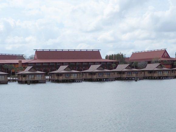 WDW ポリネシアンビレッジリゾート 水上コテージ