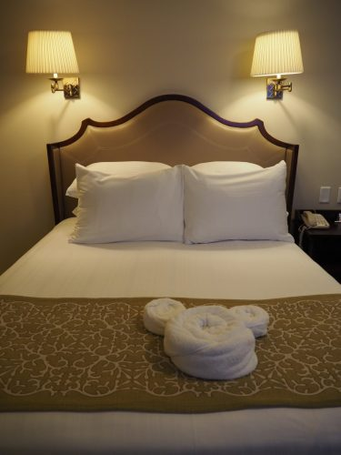WDW グランドフロリディアン ベッド