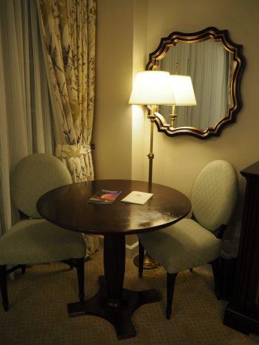 WDW グランドフロリディアン テーブル