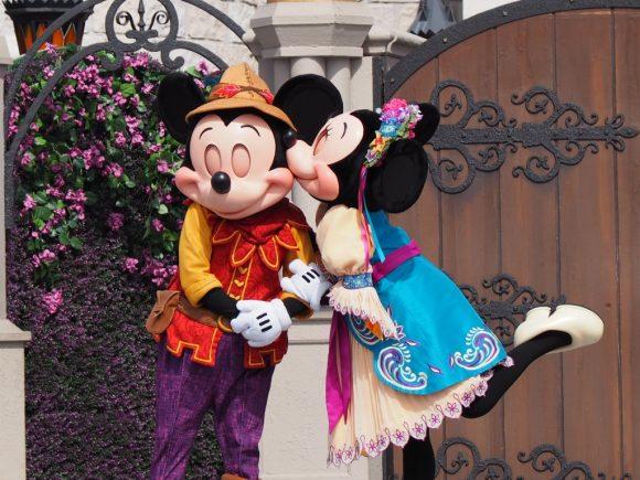 ミッキーのロイヤルフレンドシップフェア ミッキー&ミニー キス