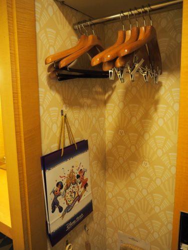 アンバサダーホテル クローゼット