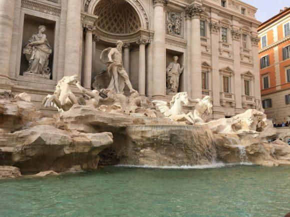 イタリア トレビの泉