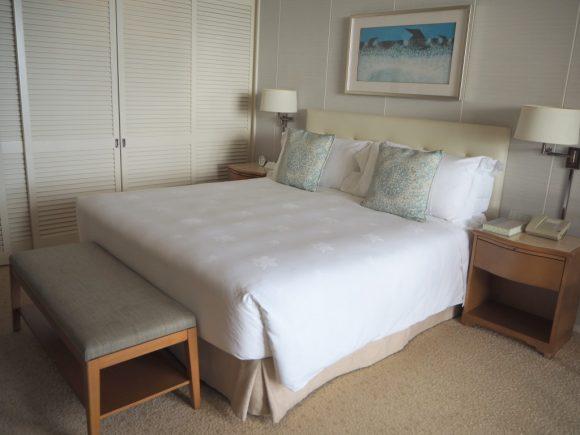 ハレクラニ ベッド
