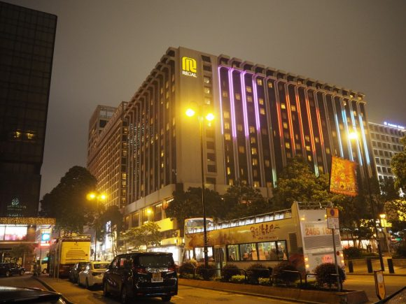香港 オープントップバス