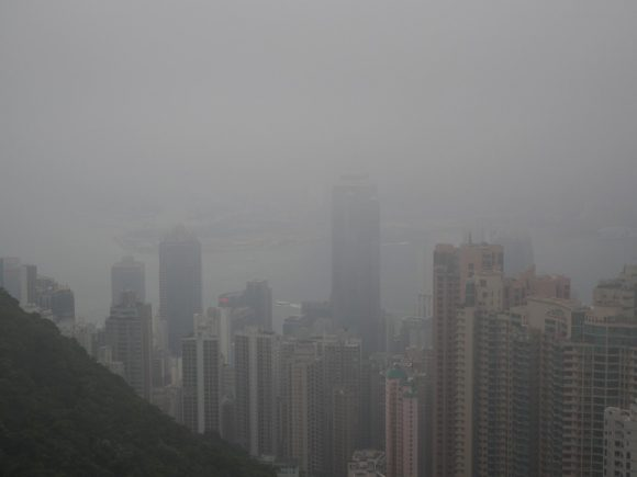 香港 ビクトリアピーク もや
