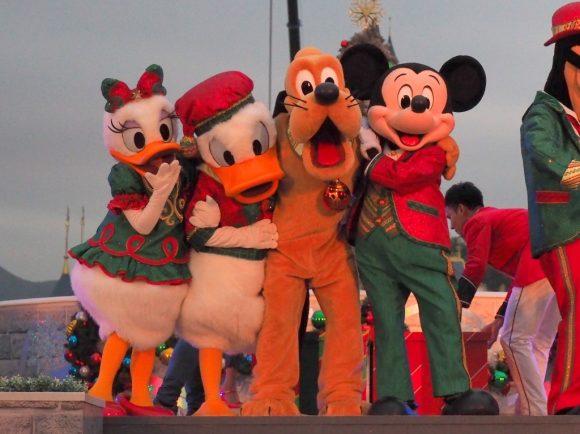 ミッキー&フレンズ・クリスマスタイム・ボール キャラクター4人