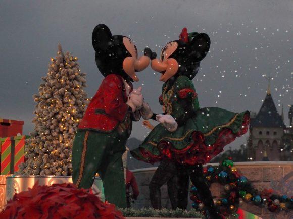 ミッキー&フレンズ・クリスマスタイム・ボール ミッキー&ミニーキス