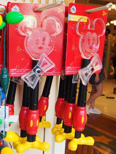 香港 ミッキー90周年 光るグッズ