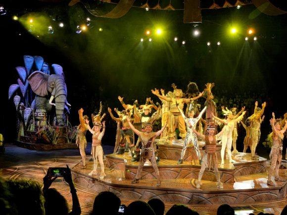 HKDL フェスティバル・オブ・ザ・ライオンキング ダンス