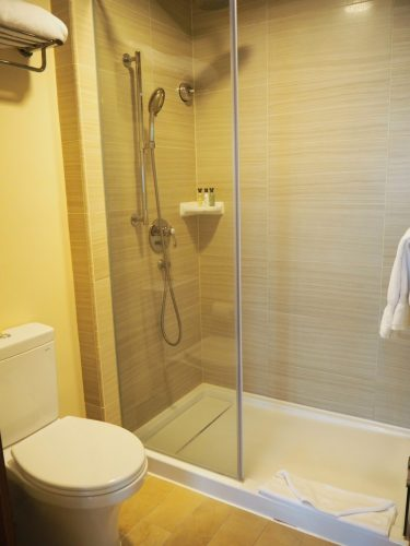 エクスプローラーズロッジ シャワー&トイレ