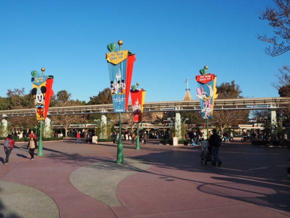 カリフォルニア・ディズニーランド エントランス