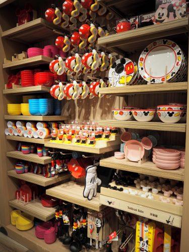 香港ディズニーランド 食器