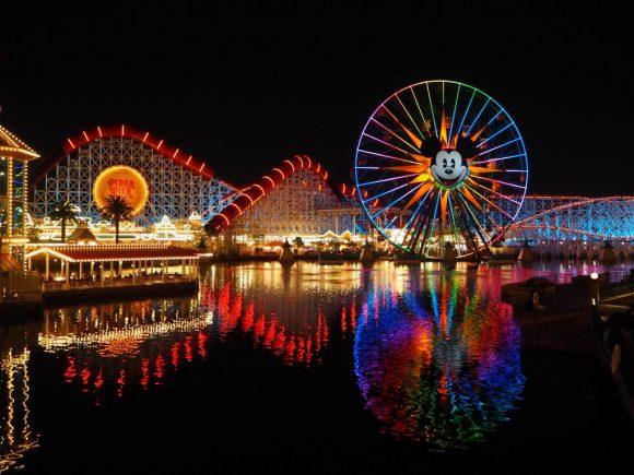 ディズニー・カリフォルニアアドベンチャー 夜景
