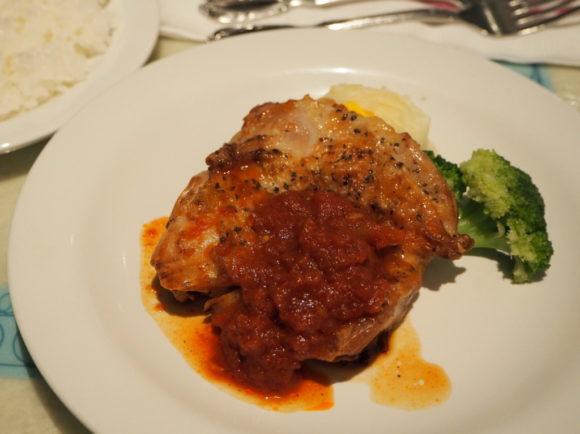 プラザパビリオンレストラン チキンのグリル