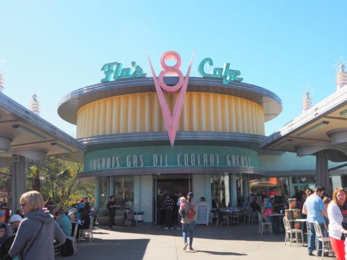 フローのV8カフェ カリフォルニア・ディズニー