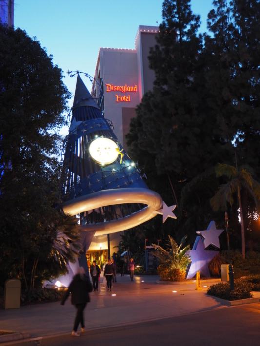 アナハイム ディズニーランドホテル