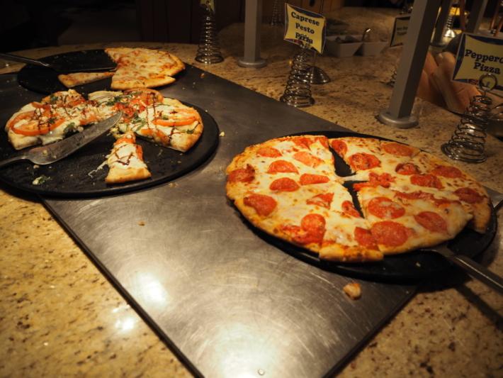 グーフィーズキッチン ピザ