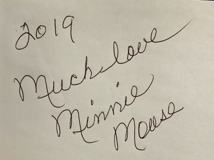 アナハイム ミニーのサイン
