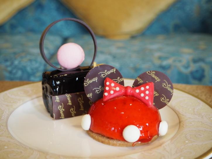 上海ディズニーランドホテル ラウンジのケーキ