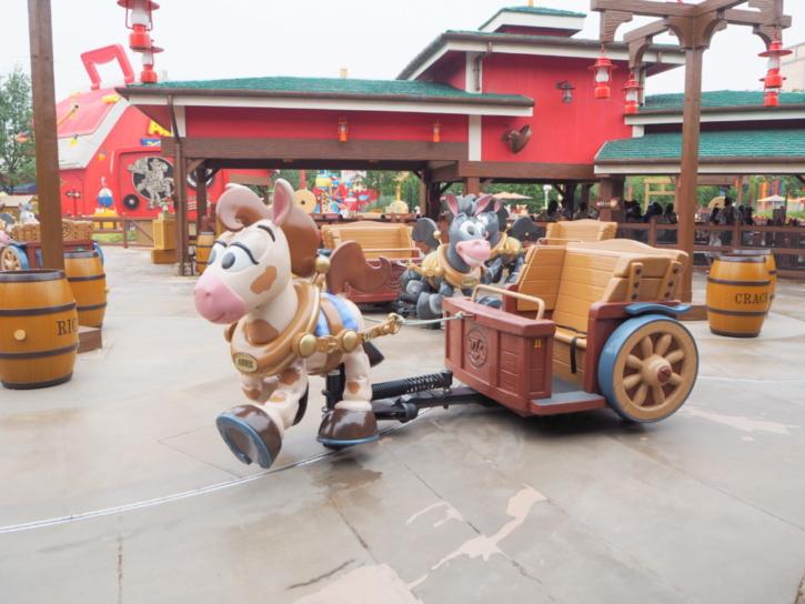 上海ディズニーランド ウッディのラウンドアップ