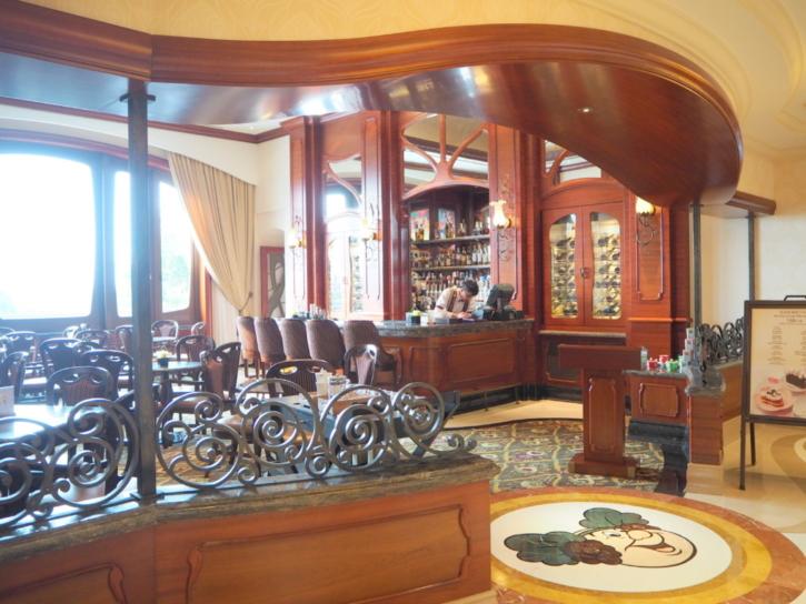 上海ディズニーランドホテル バッカス・ラウンジ