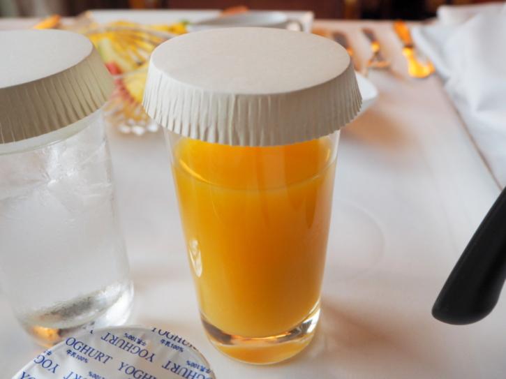 ミラコスタ ルームサービス オレンジジュース