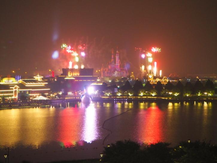 上海ディズニーランドホテル ラウンジ イグナイト・ザ・ドリーム