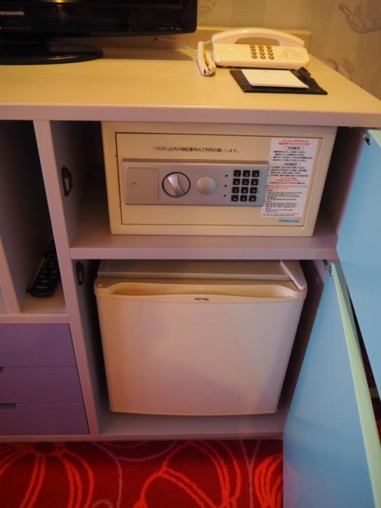 セレブレーションホテル:ウィッシュ 金庫&冷蔵庫