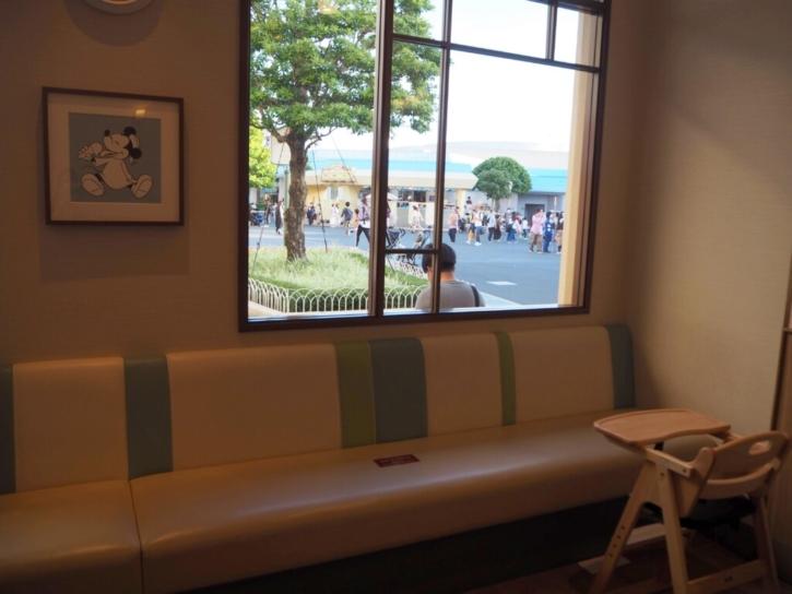 TDLベビーセンター 食事スペース