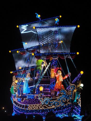 エレクトリカルパレード・ドリームライツ_ピーターパンの海賊船01