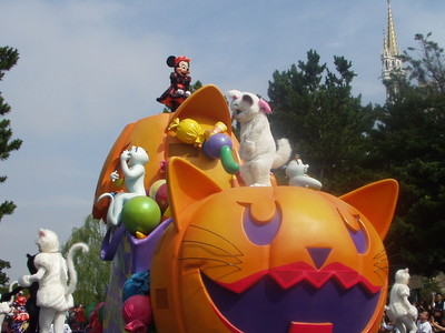Disney's Halloween Parade 2003_ミニー&マリー